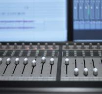 Nibelungen ziehen in das Tonstudio in Köln ein