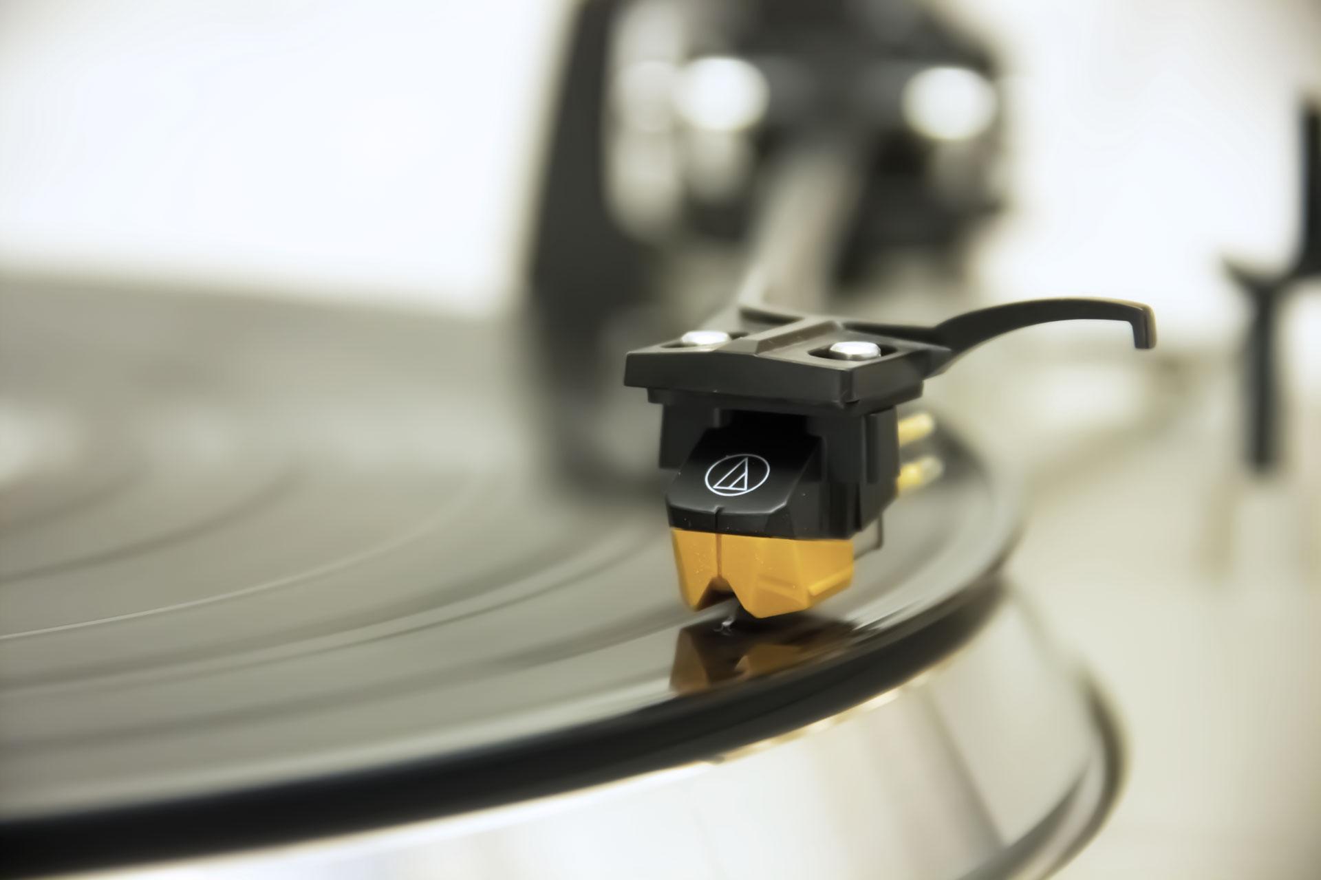 professionelle Digitalisierung von Schellack- und Vinyl-Schallplatten in Köln