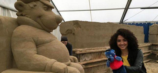 Käpt'n Blaubär als Sandskulptur